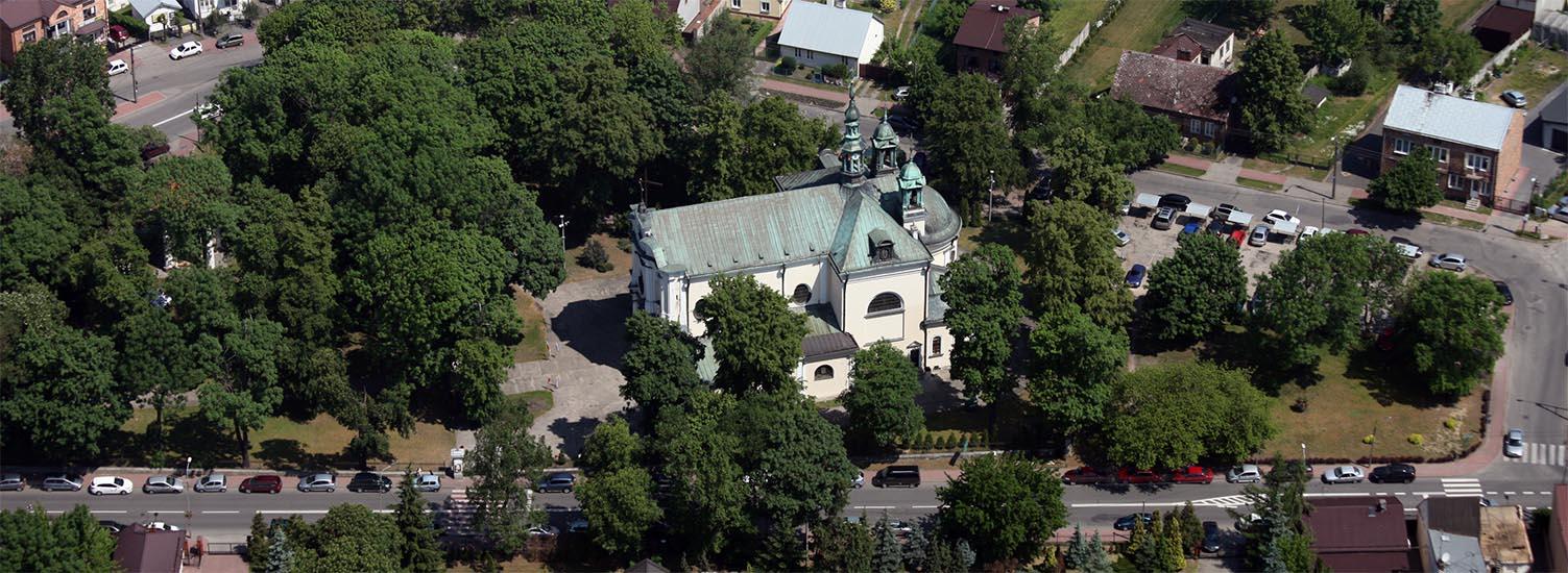 www.parafiakarczew.pl